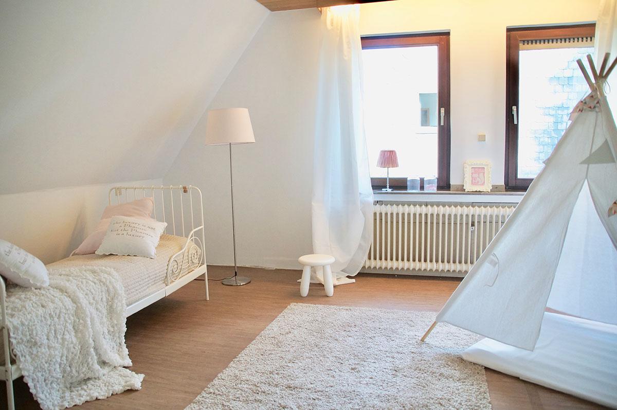 pudda home staging d sseldorf musterwohnungen vorher. Black Bedroom Furniture Sets. Home Design Ideas
